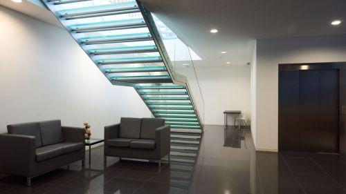 Escada de Acesso a Sala Multiusos